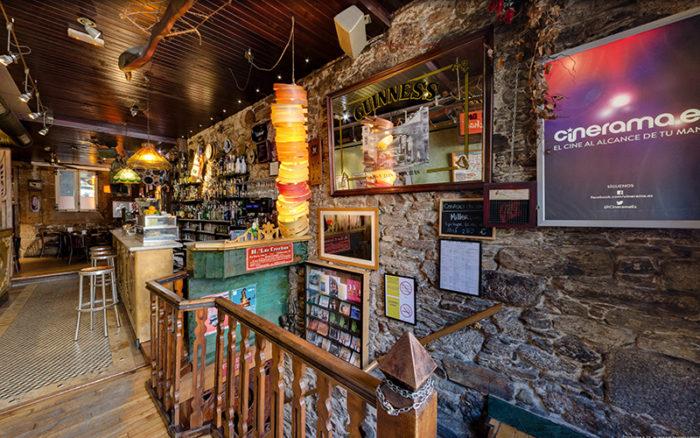 Botón play visita Street view pub As Crechas