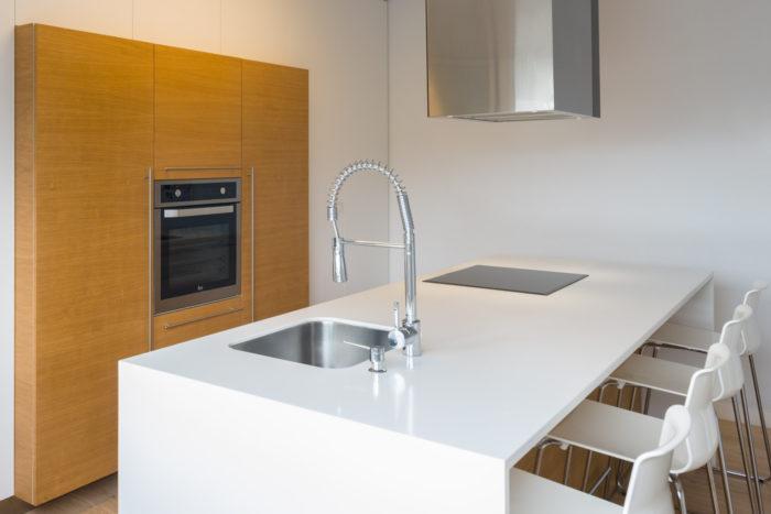 fotografía dunha Cociña realizada pola carpintería Marquez y Vilela. Ames