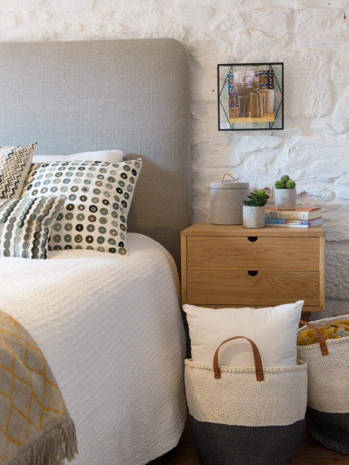 Fotografía detalle dormitorio Showroom Myka deco, Santiago de Compostela