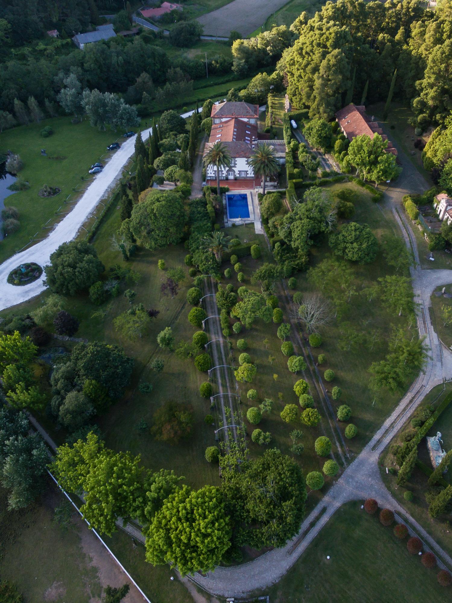 fotografía profesional con drone dos xardíns do Pazo do Tambre