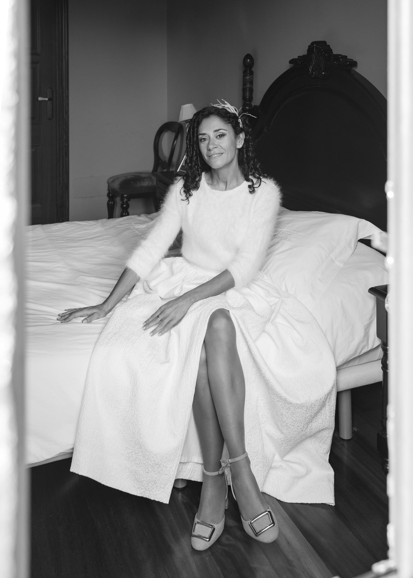 Reportaxe de voda-Retrato da noiva durante a sesión de fotos no Pazo de Adrán-Teo
